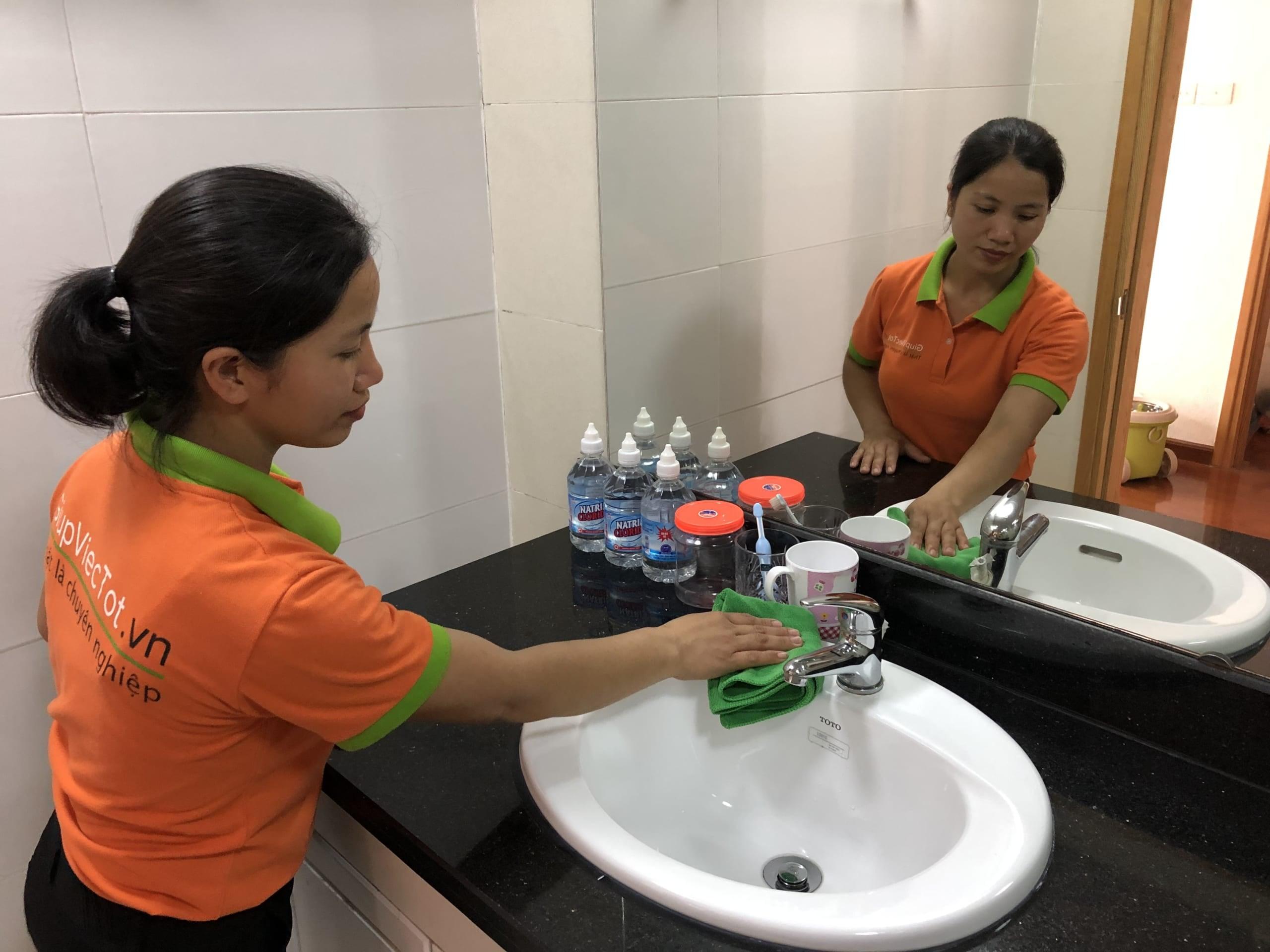 Dịch vụ vệ sinh căn hộ chuyên nghiệp giá rẻ