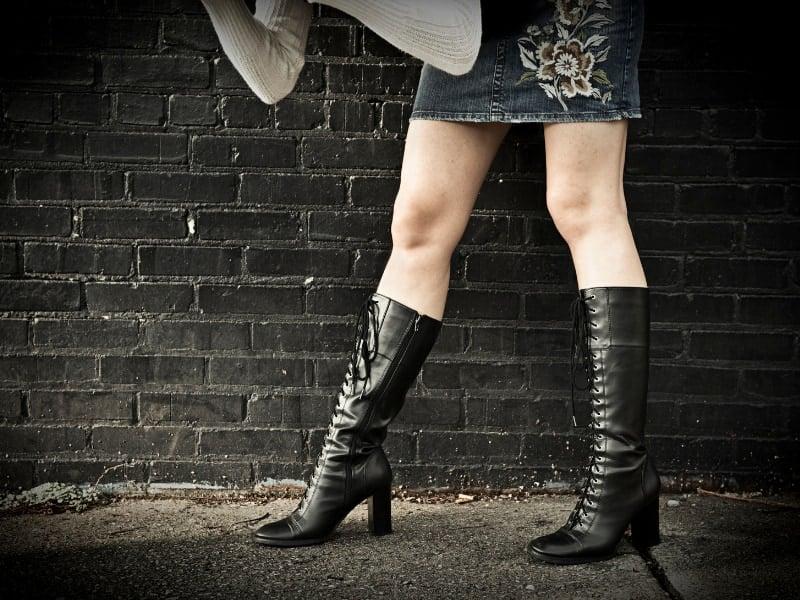 nhầm lẫn giữa giày boot cổ cao và cổ lửng