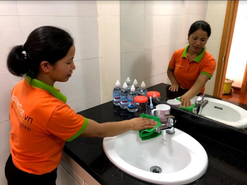 Kinh nghiệm chọn dịch vụ vệ sinh văn phòng theo giờ