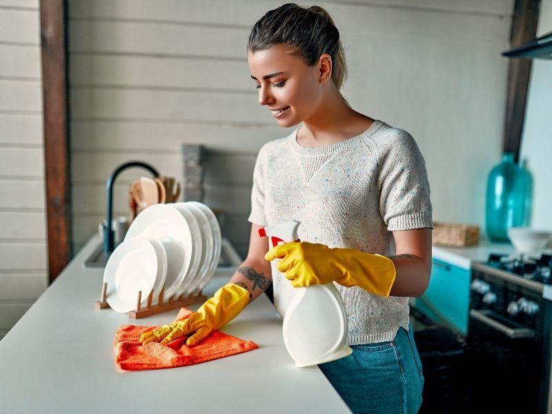 Lý do cần tìm việc làm lau dọn nhà