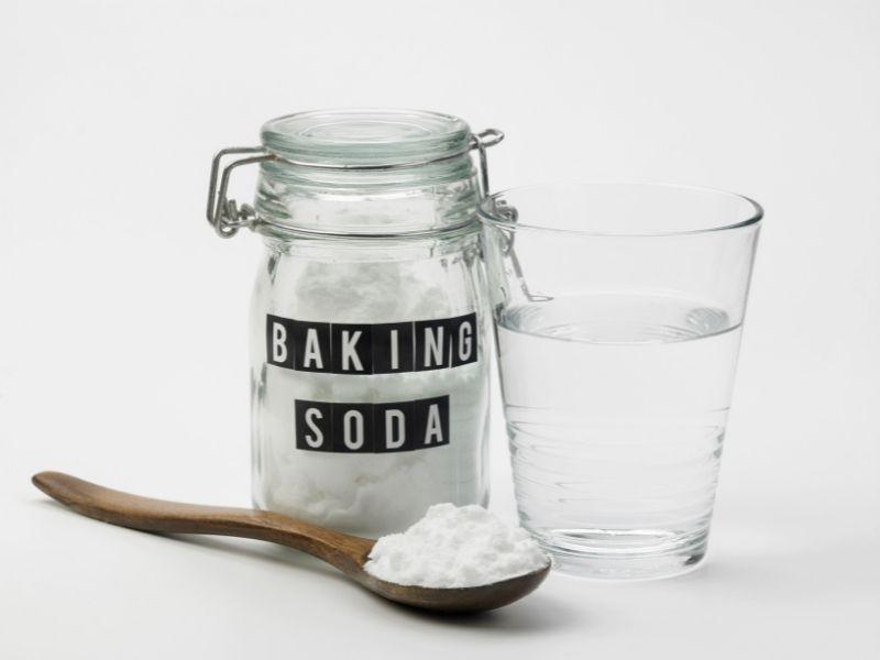 Cách làm sạch sofa da bằng baking soda