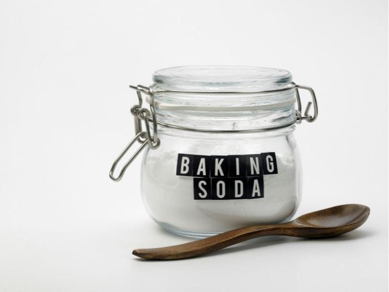 cách giặt nệm gấp bằng baking soda