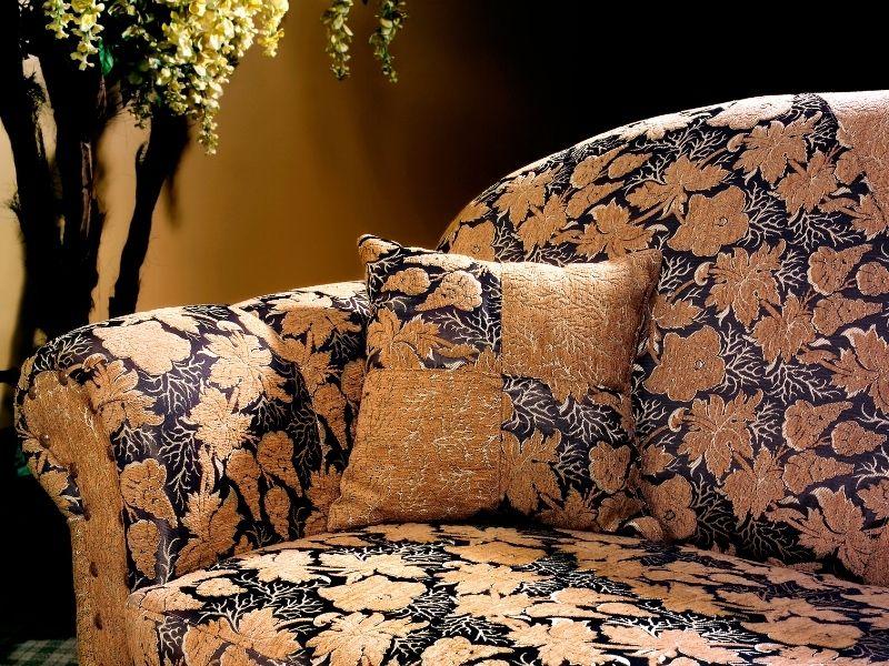cách làm sạch sofa vải