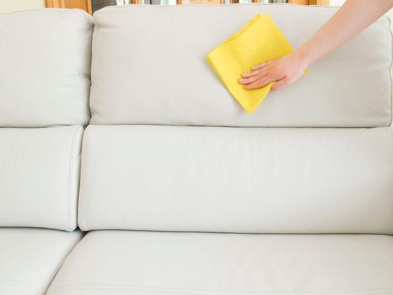cach-ve-sinh-sofa-da