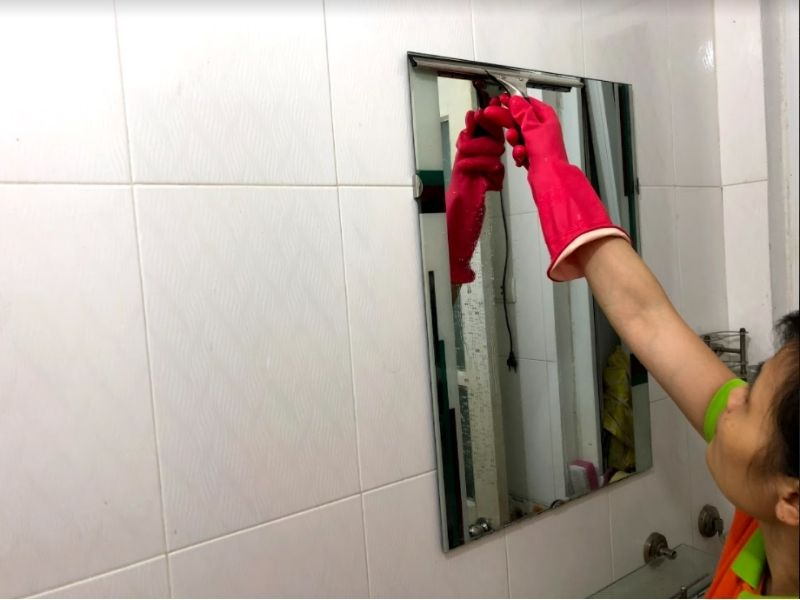 nghề chuyên lo việc nhà người