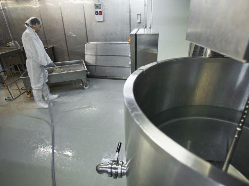 vệ sinh công nghiệp nhà xưởng định kỳ