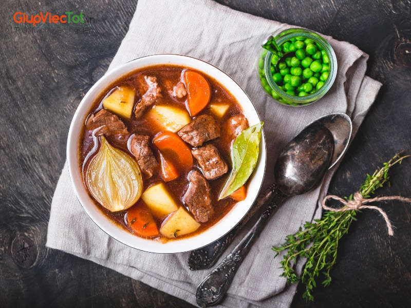 cach-uop-thit-kho-trung