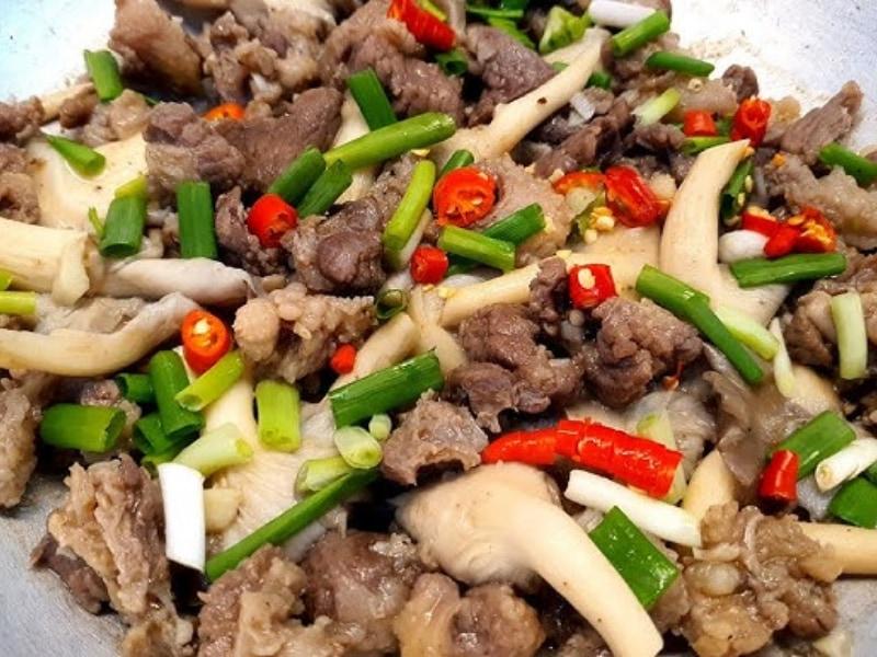 nấm sò xào thịt bò
