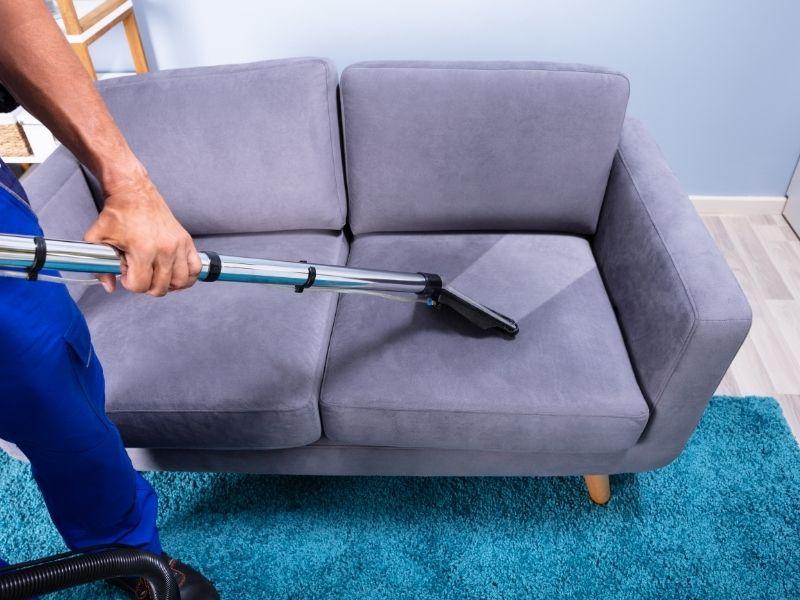 vệ sinh sofa thường xuyên